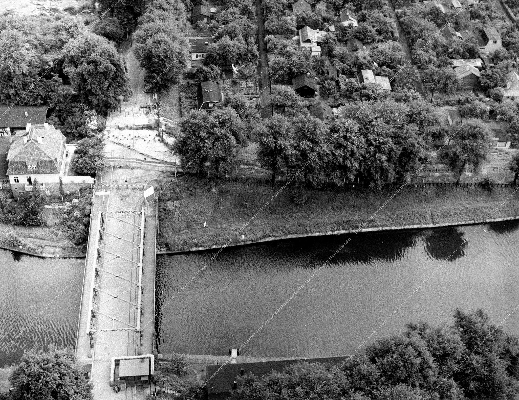 Berlin Luftbild Alte Späthbrücke an der Späthstraße (Bild 024)