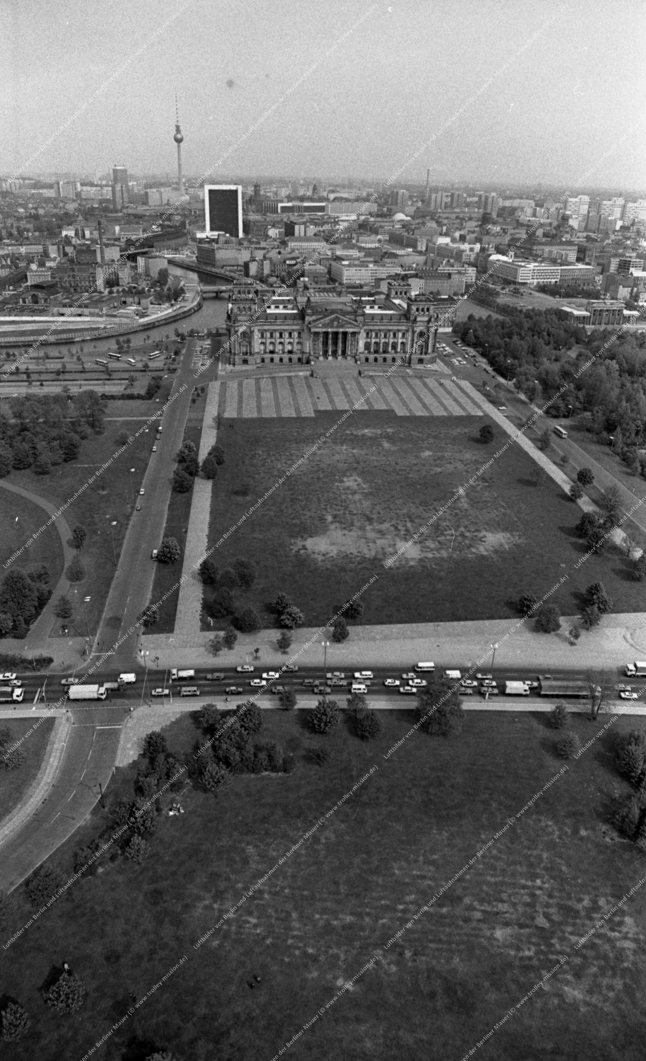 Berlin Luftbild Reichstag vom 12. Mai 1982 (Bild 073)