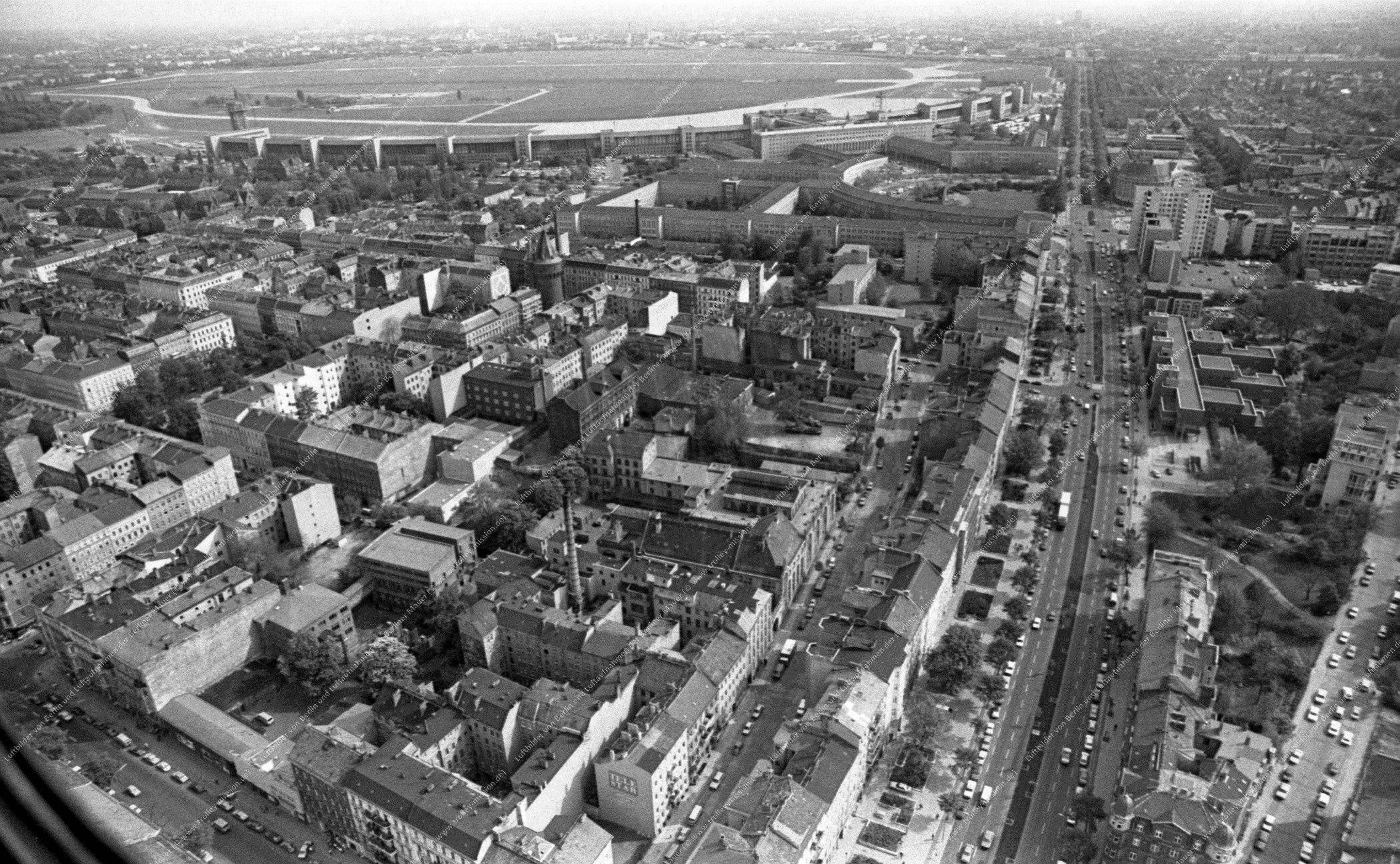 Berlin Luftbild Flughafen Tempelhof vom 12. Mai 1982 (Bild 067)