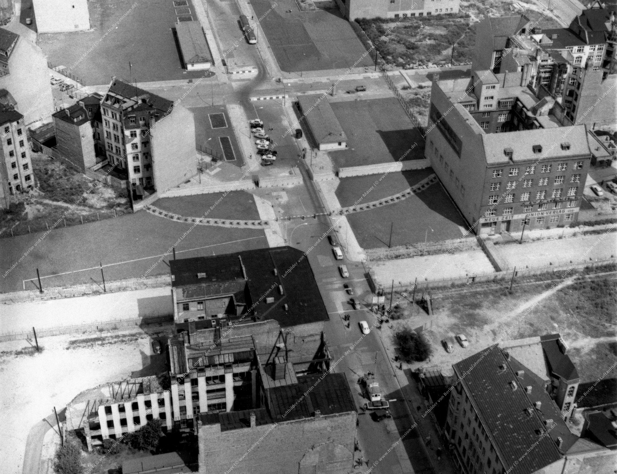 Berlin Luftbild Checkpoint Charlie (Bild 031)