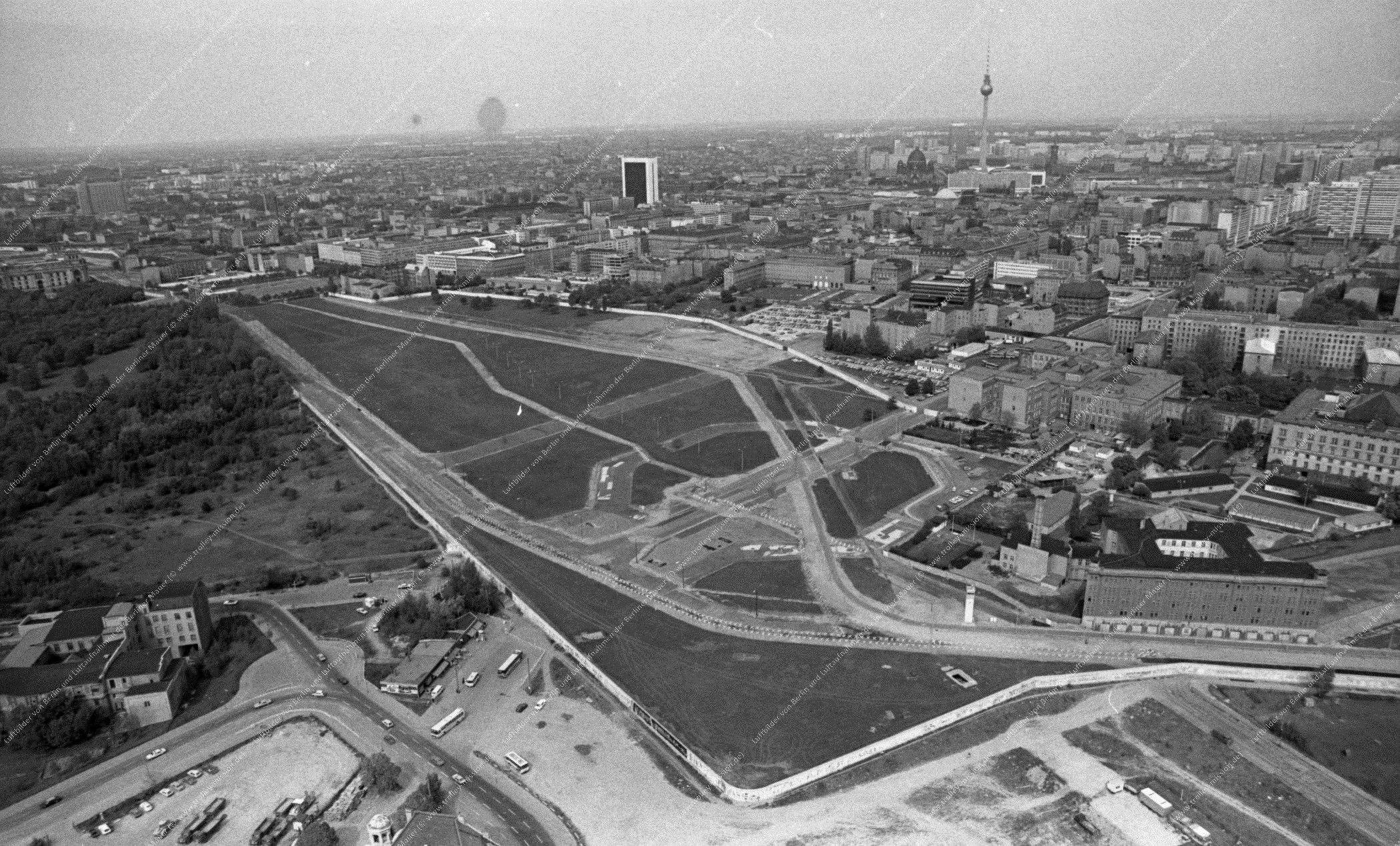 Berlin Luftbild Potsdamer Platz vom 12. Mai 1982 (Bild 090)