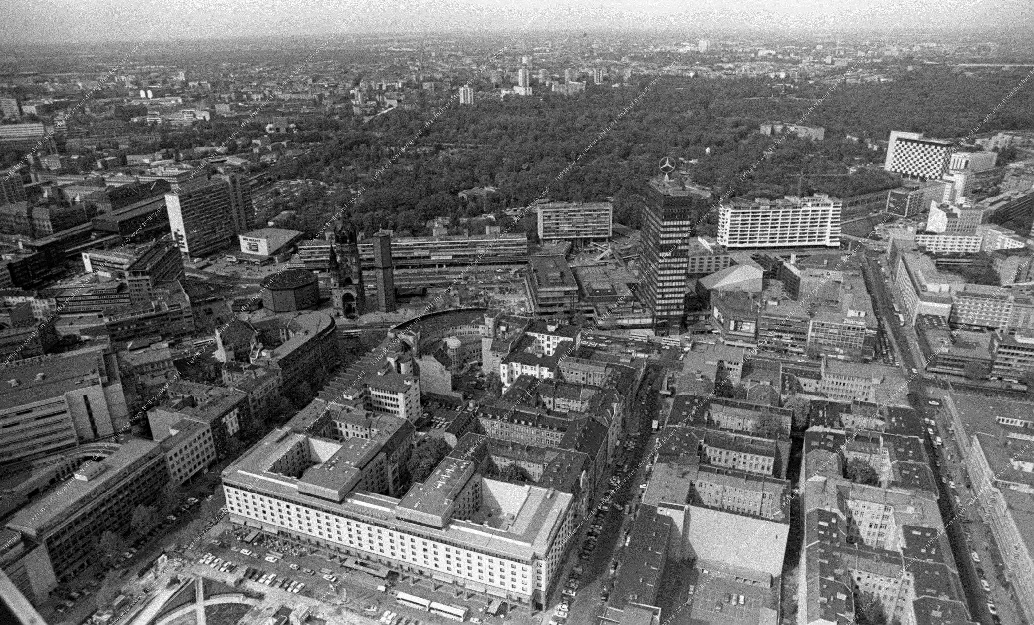 Luftbild Kurfürstendamm und Kaiser-Wilhelm-Gedächtniskirche vom 12. Mai 1982 (Bild 110)