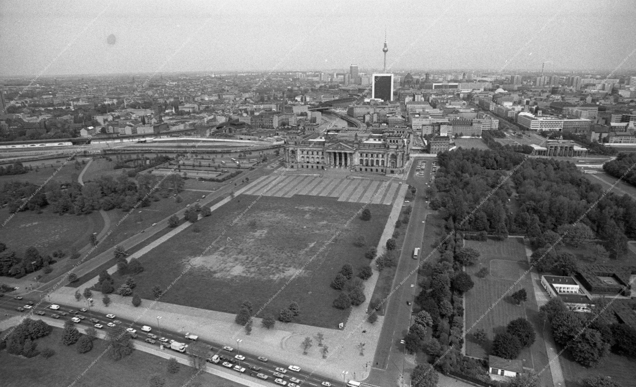 Berlin Luftbild Reichstag vom 12. Mai 1982 (Bild 072)