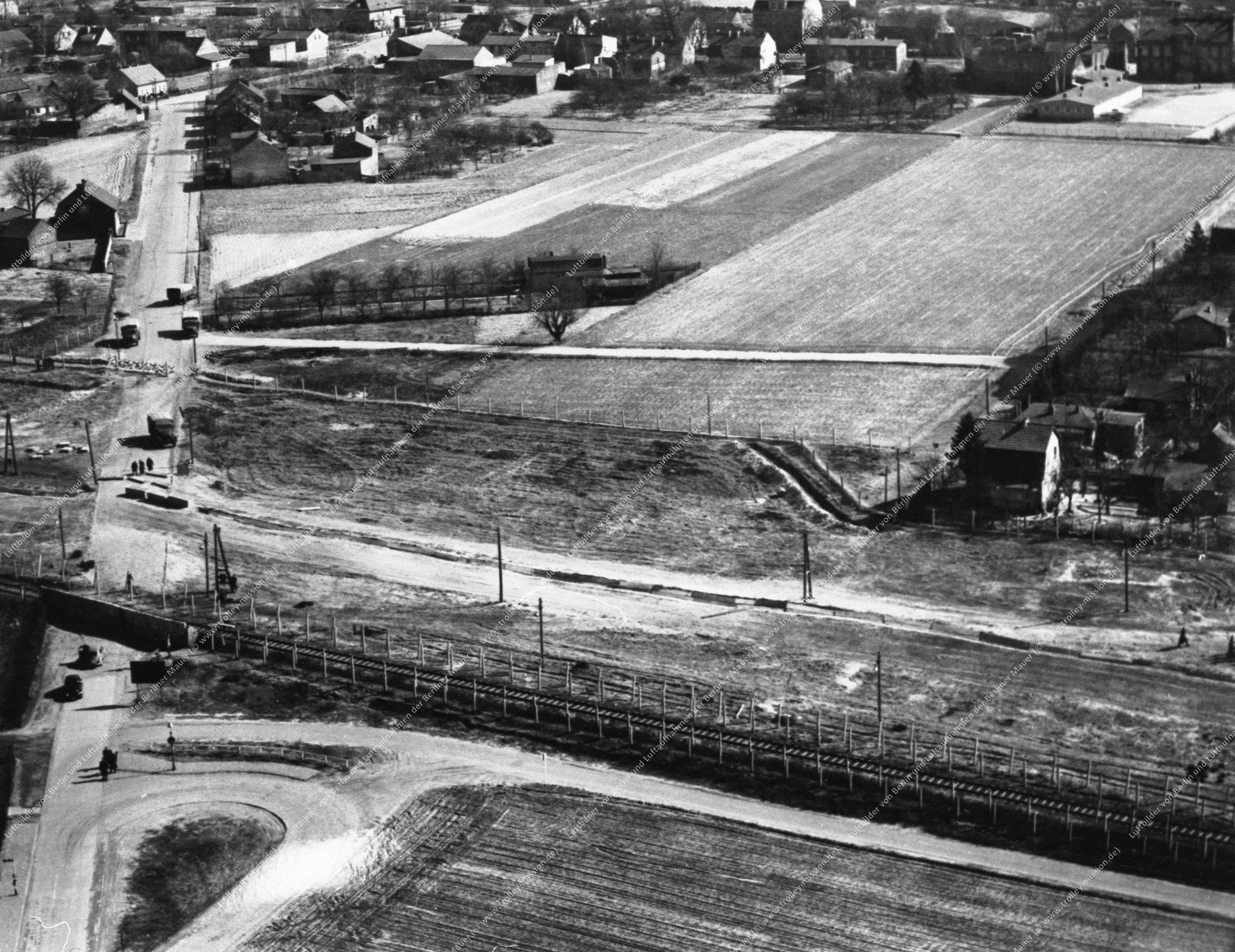 Luftbild Wilhelmruher Damm in Berlin-Reinickendorf (Bild 018)
