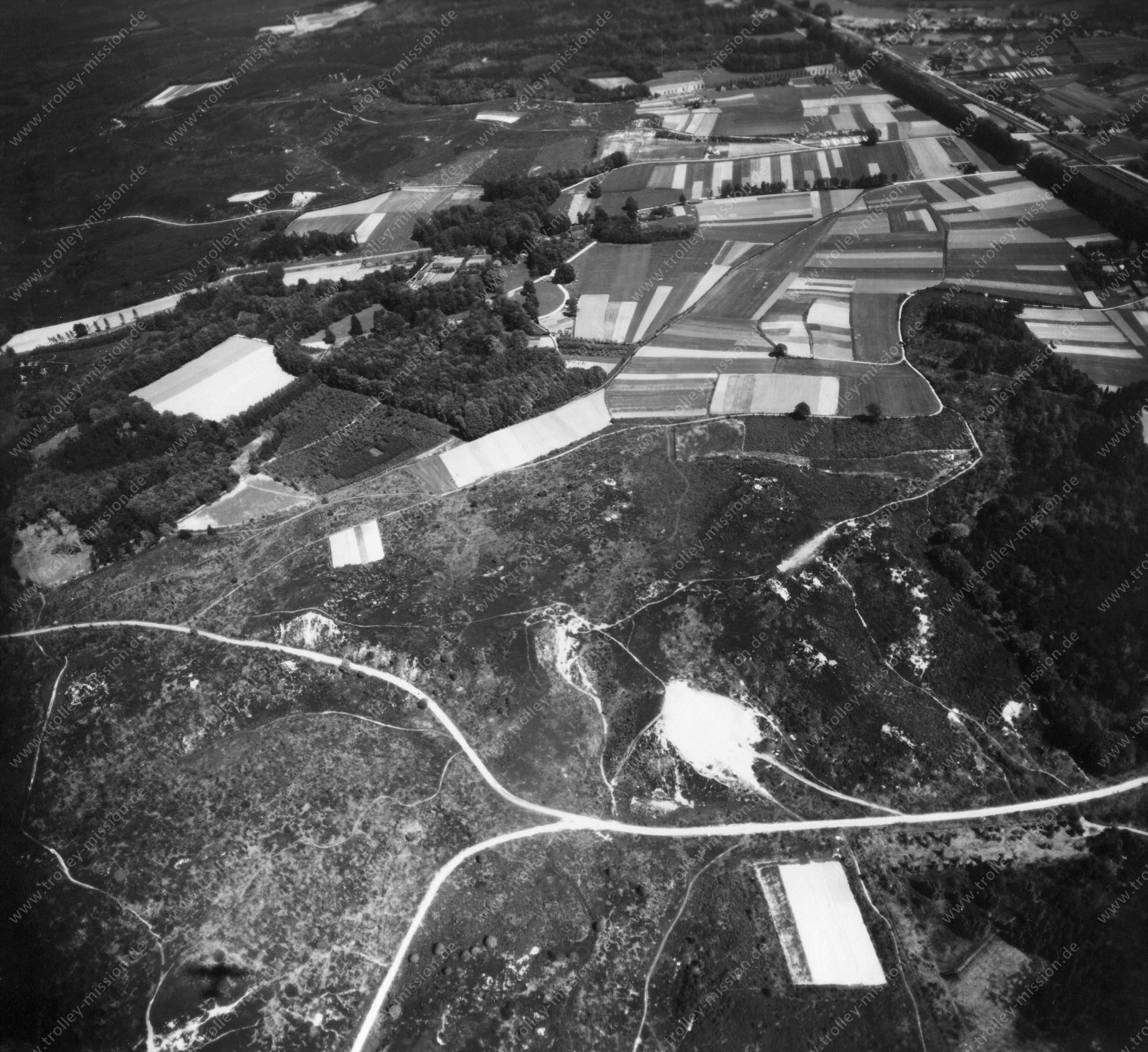 Nationalpark Veluwezoom bei Arnhem, Rheden und Rozendaal - Luftbild 1945 (Niederlande)