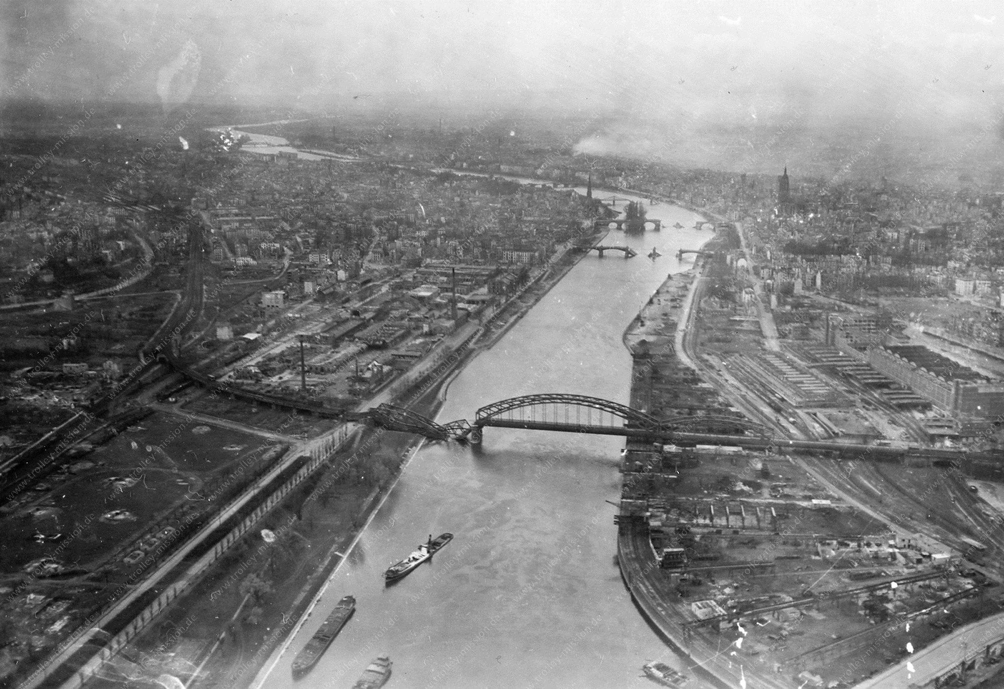 Deutschherrnbrücke Luftbild Frankfurt am Main im Zweiten Weltkrieg