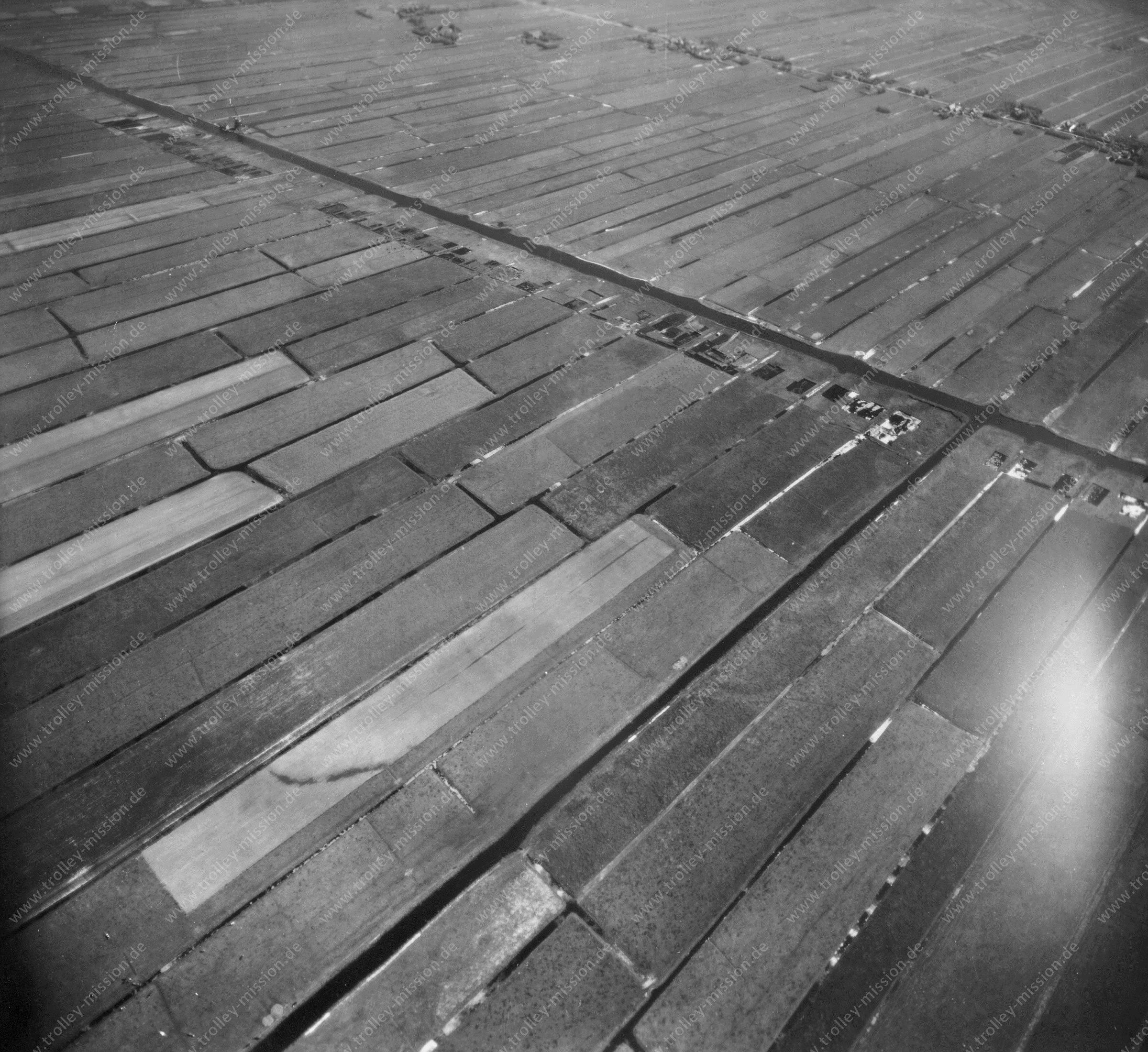 Luftaufnahme von Zoeterwoude: Damals Polder - heute Bungalowpark de Vlietlanden (Niederlande)