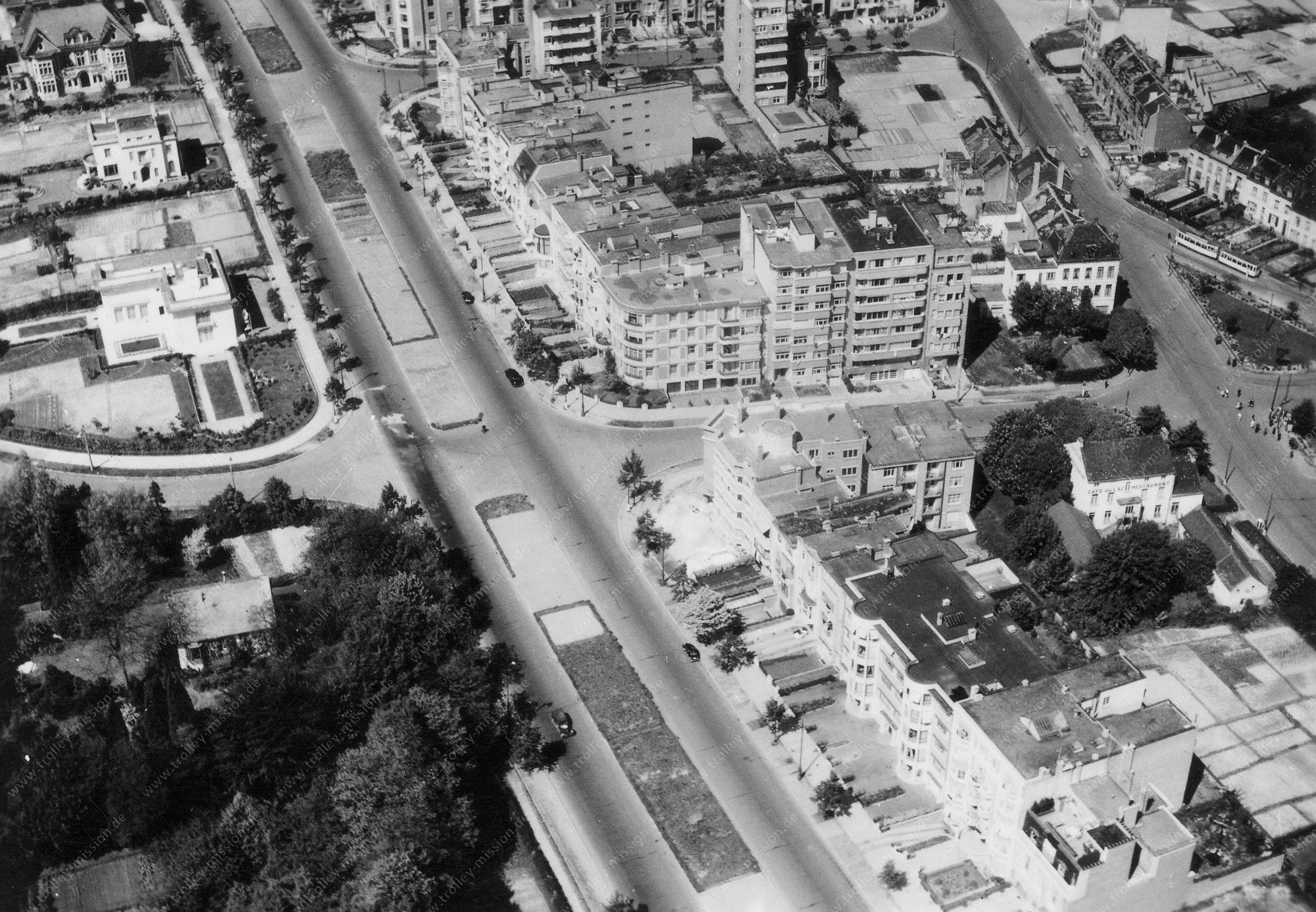 Luftbild der Straßenbahn-Kehrschleife am Marie-José-Plein - Franklin Rooseveltlaan und Avenue Air Marshal Coningham - Brüssel (Belgien)