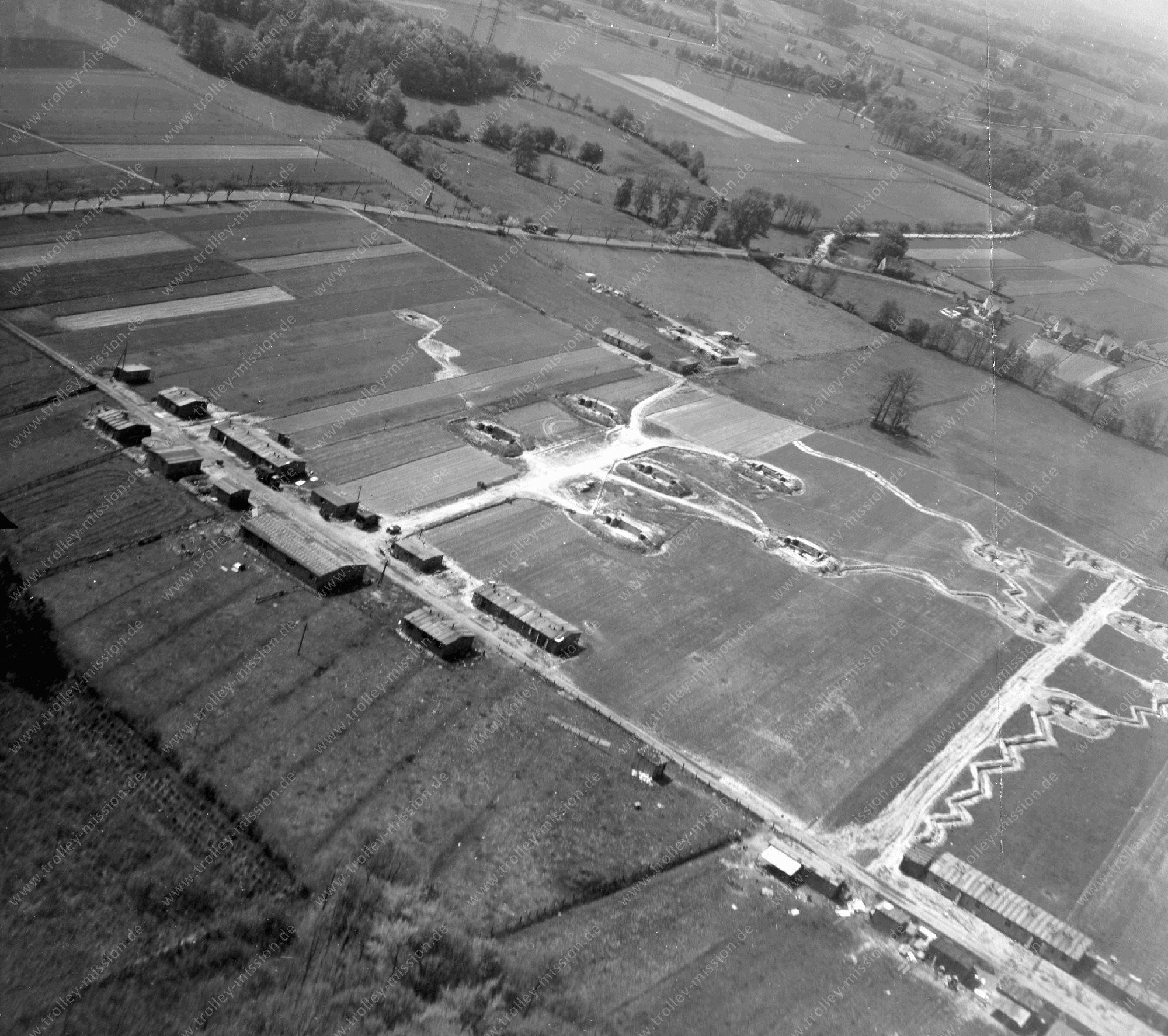 Luftbild einer Flak-Stellung bei Osnabrück (Flugabwehrkanone)