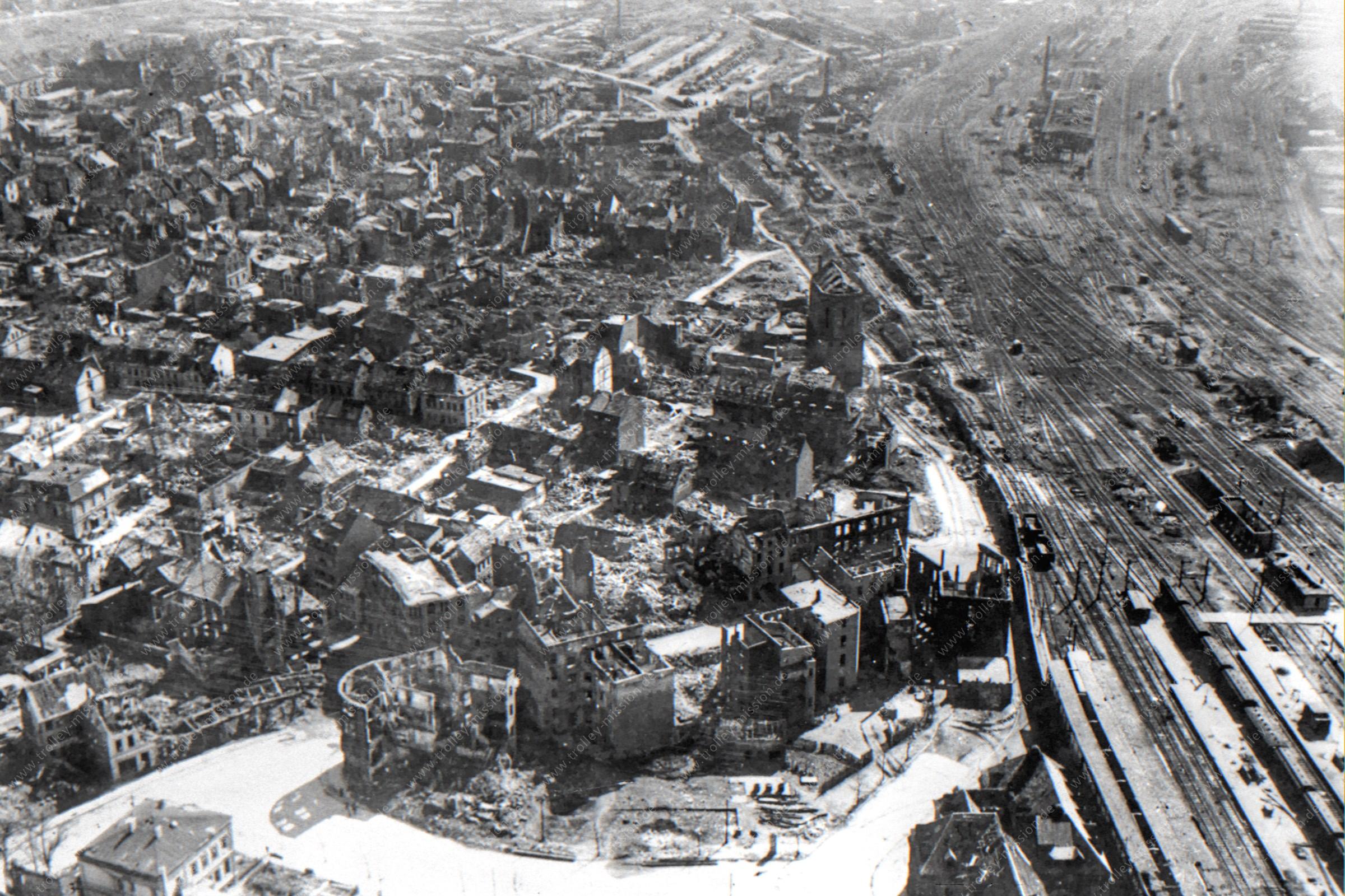 Historisches Luftbild von Hamm mit Hauptbahnhof und Eisenbahn-Gleisen am Schwarzen Weg