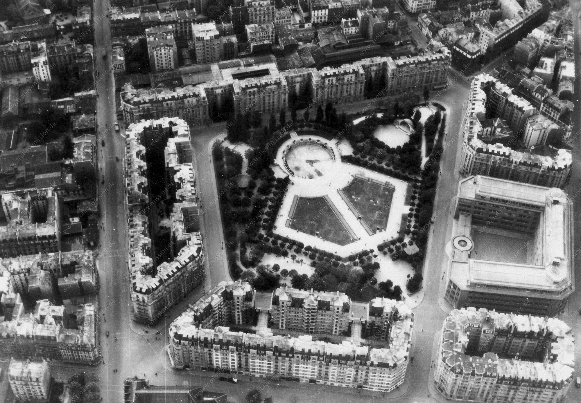 Paris 1945 Luftbild Stadtpark Square Saint-Lambert (Frankreich)