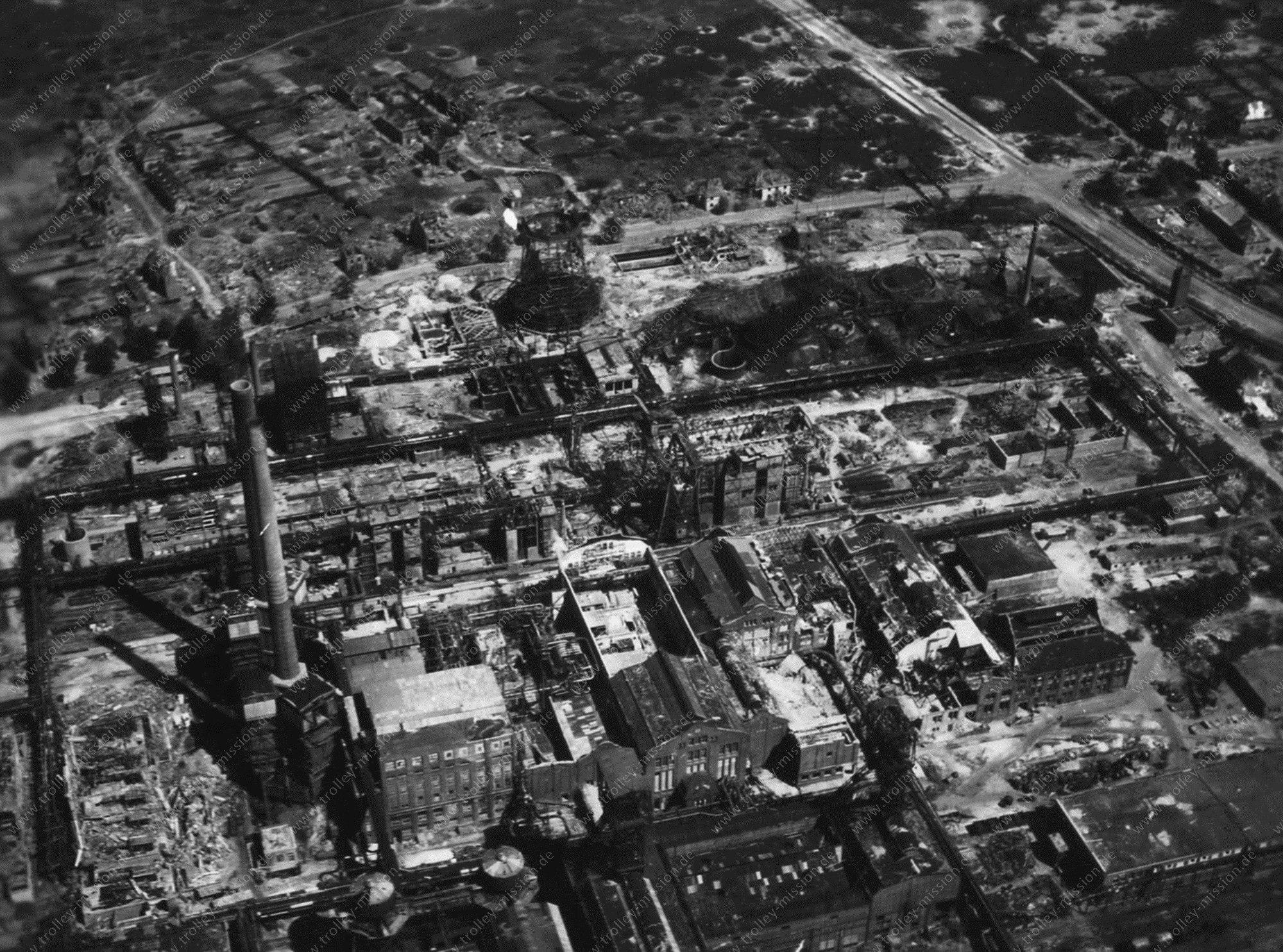 Luftbild Bottrop Hydrierwerk Welheim bzw. Zeche Vereinigte Welheim im Mai 1945