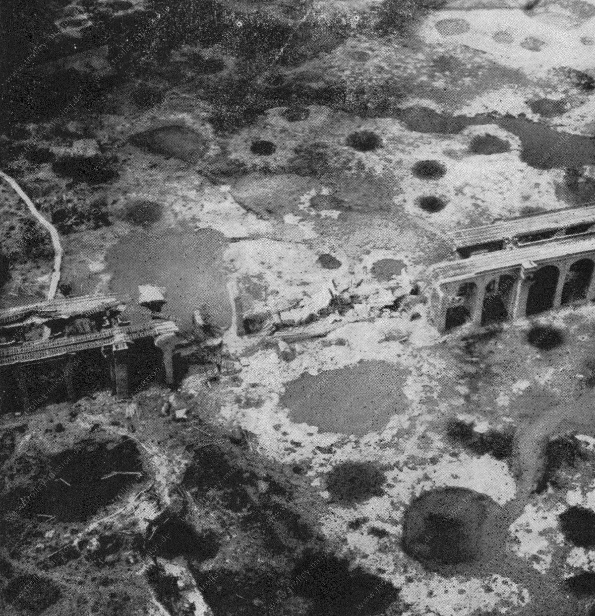 Schildescher Viadukt nach seiner Zerstörung im Mai 1945