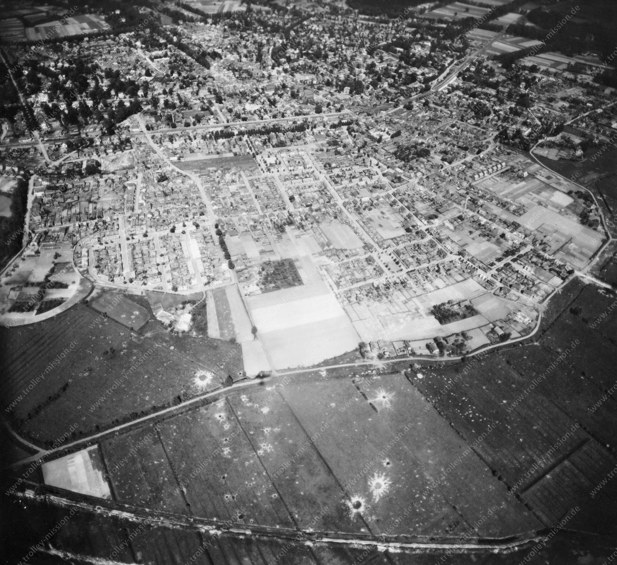 Velp - Luftbild aus dem Weltkrieg - Luftbildserie 1/5 der US Luftwaffe (Niederlande)