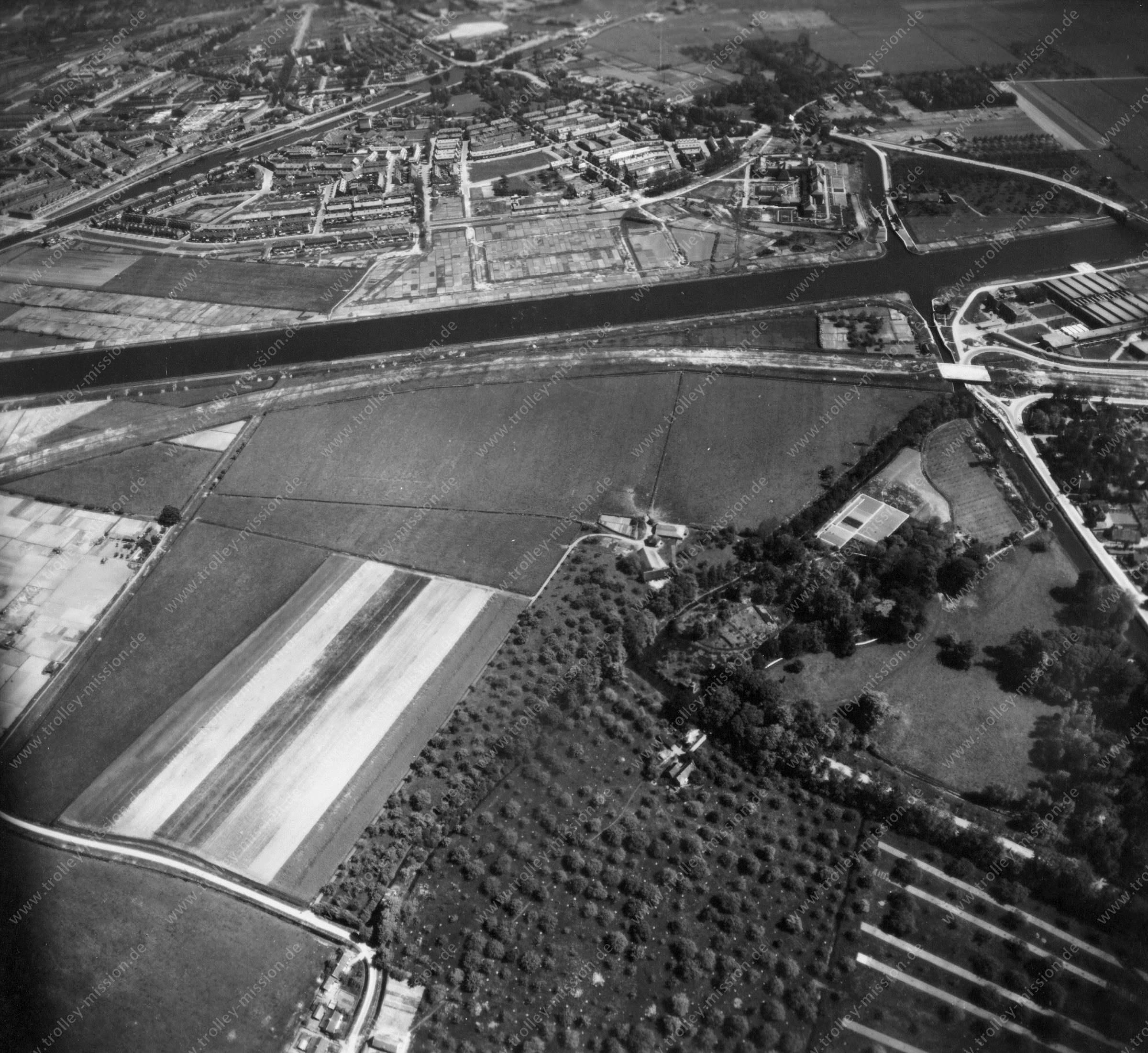 Weltkrieg Luftaufnahme von Utrecht und den Stadtteilen Halve Maan sowie Oog in Al (Niederlande)