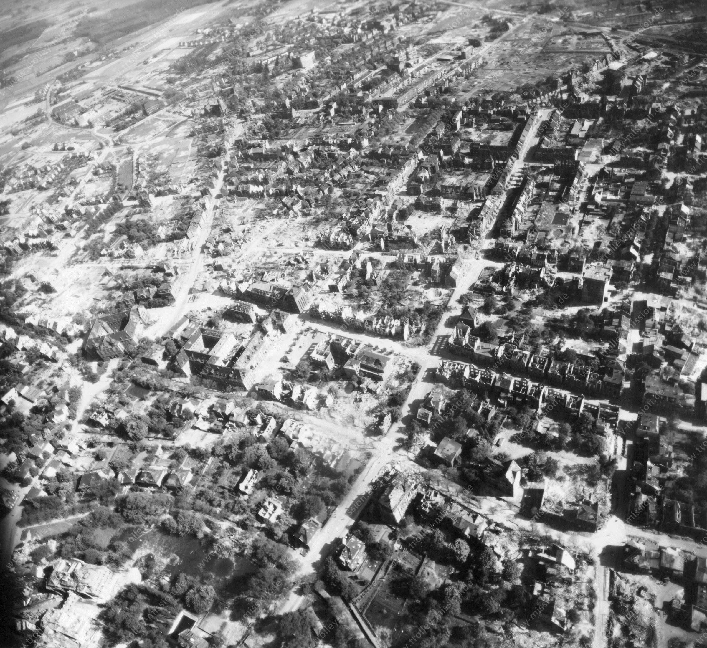 Luftbild von Hamm am 12. Mai 1945 - Luftbildserie 4/5 der US Air Force
