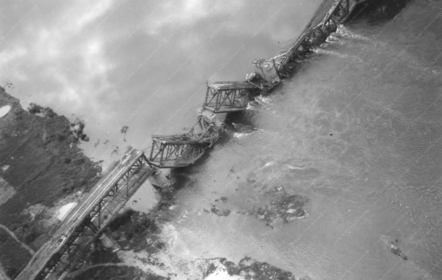 Moselbrücke Bullay (Doppelstockbrücke Alf-Bullay) nach dem Zweiten Weltkrieg