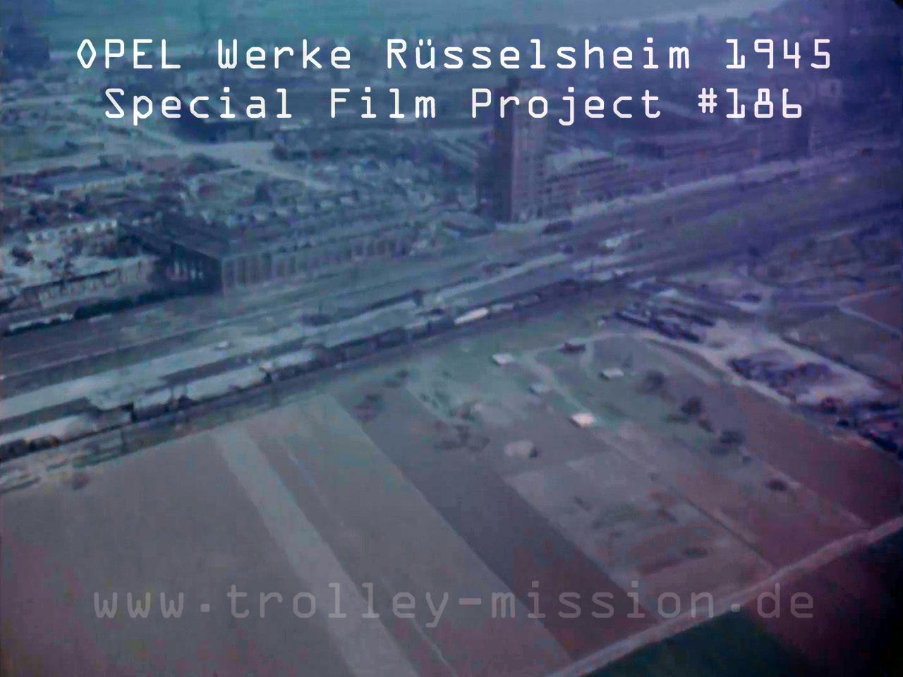 Farbfilm Luftaufnahme der OPEL Werke in Rüsselsheim 1945 nach den Fliegerbomben und Luftangriffen