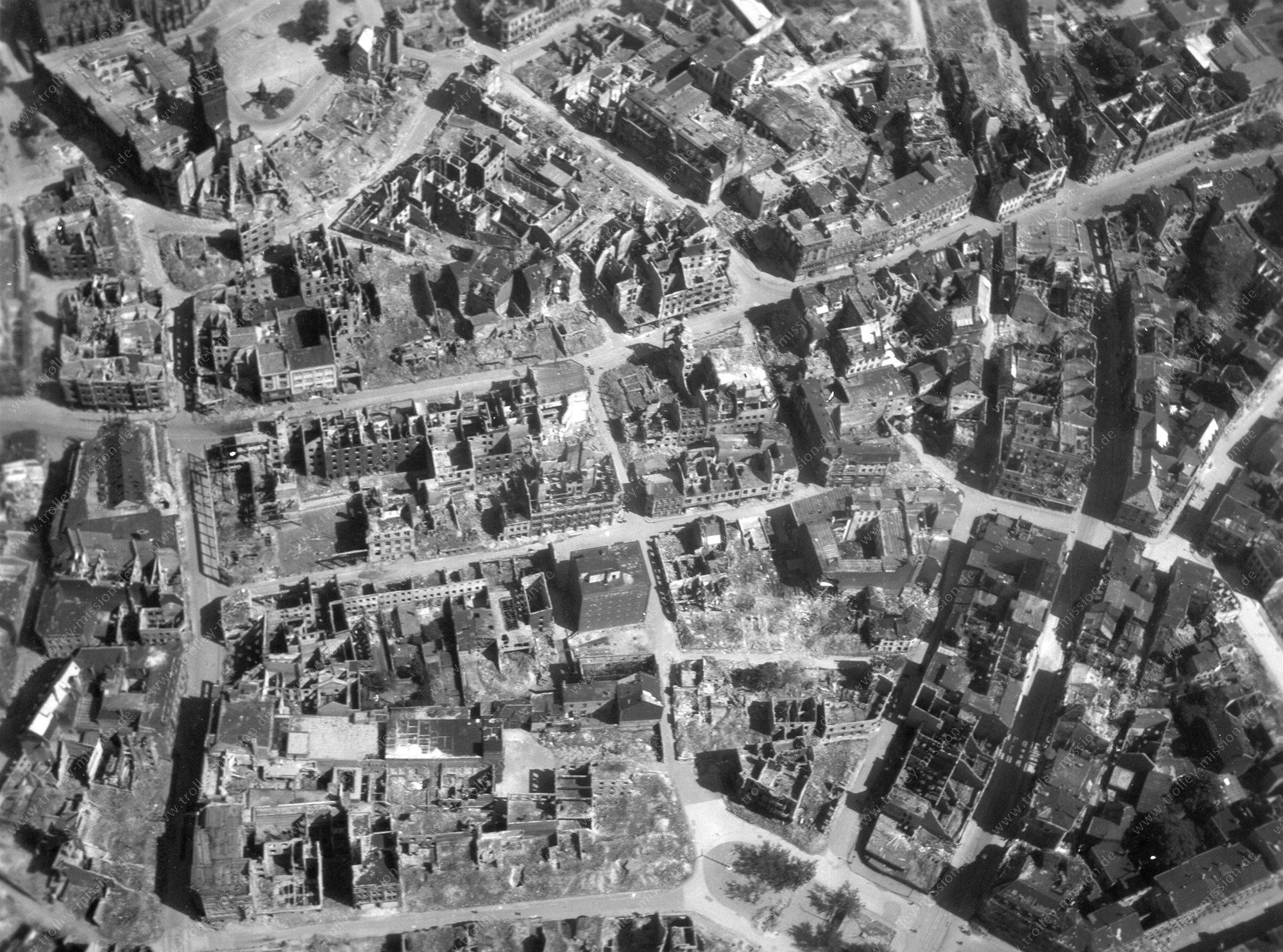 Duisburg Luftbild im Zweiten Weltkrieg