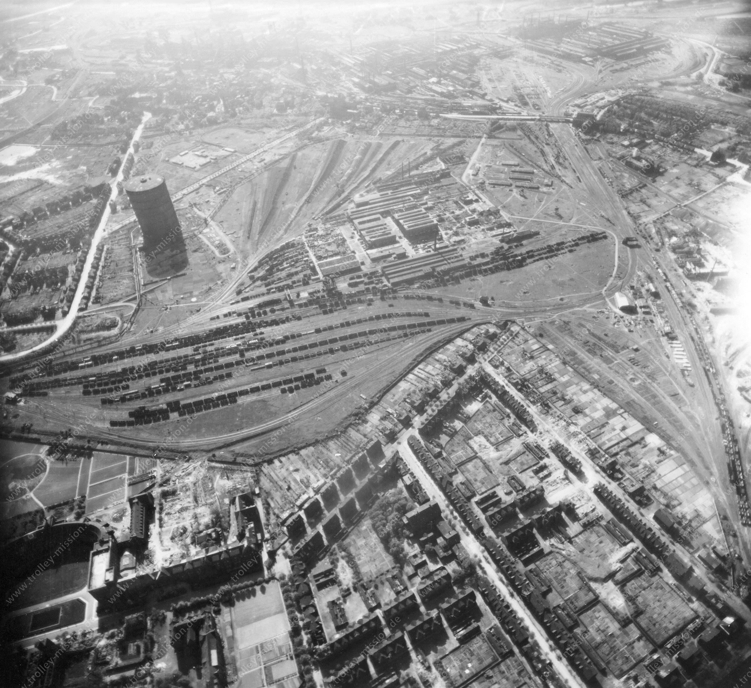Duisburg Luftbild Stahl- und Kohleindustrie Thyssen-Krupp zwischen Alt-Hamborn und Marxloh