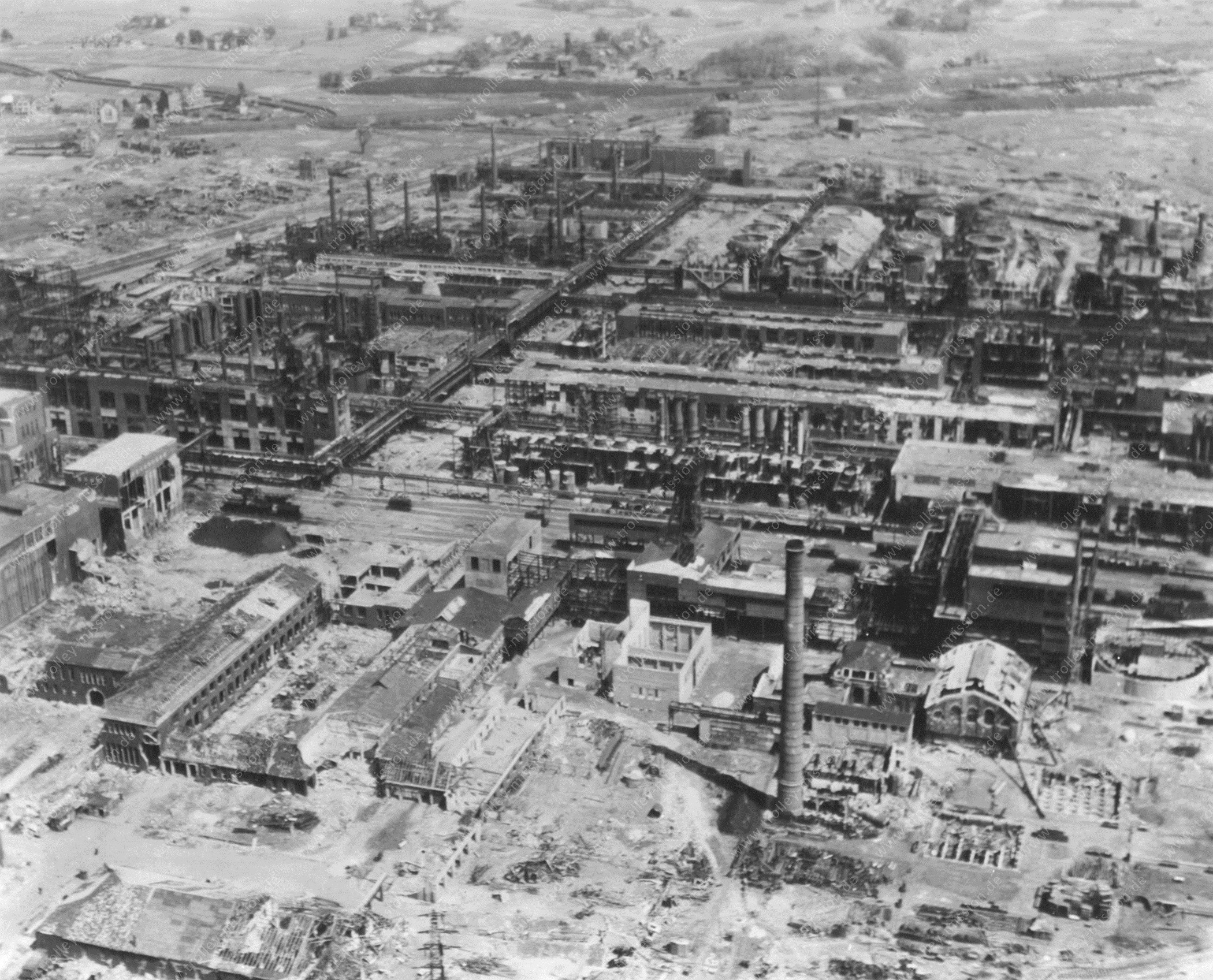 Luftbild der Kohlehydrieranlage im Werk Gelsenkirchen Horst aus dem Zweiten Weltkrieg