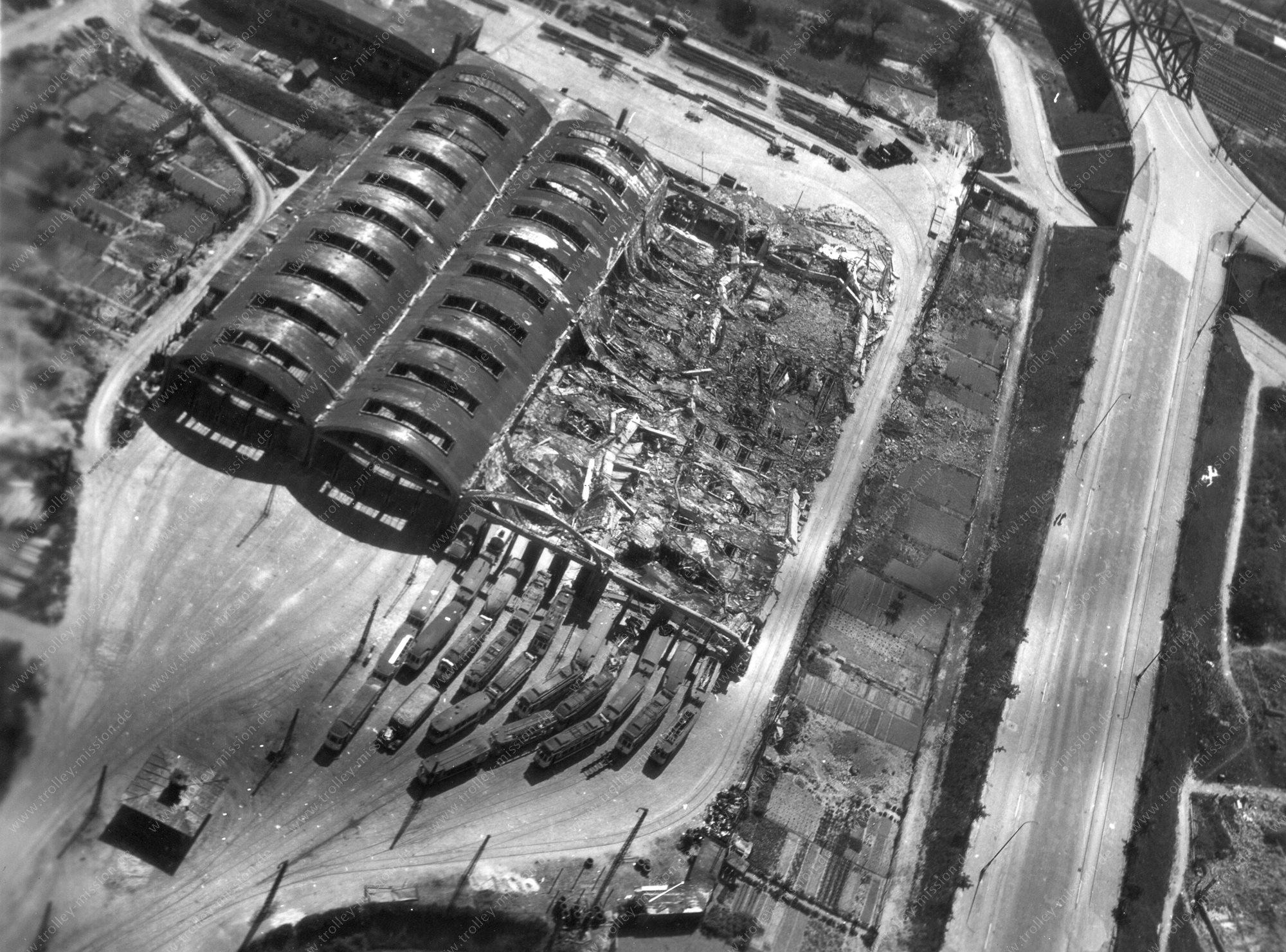 Luftbild vom alten Straßenbahndepot in Mannheim aus dem Weltkrieg