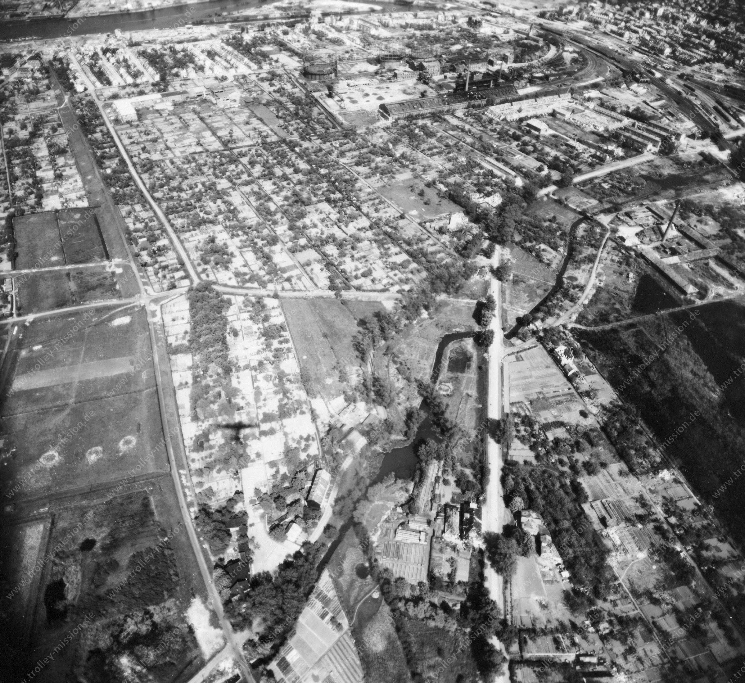 Luftbild von Bremen am 12. Mai 1945 - Luftbildserie 5/12 der US Air Force