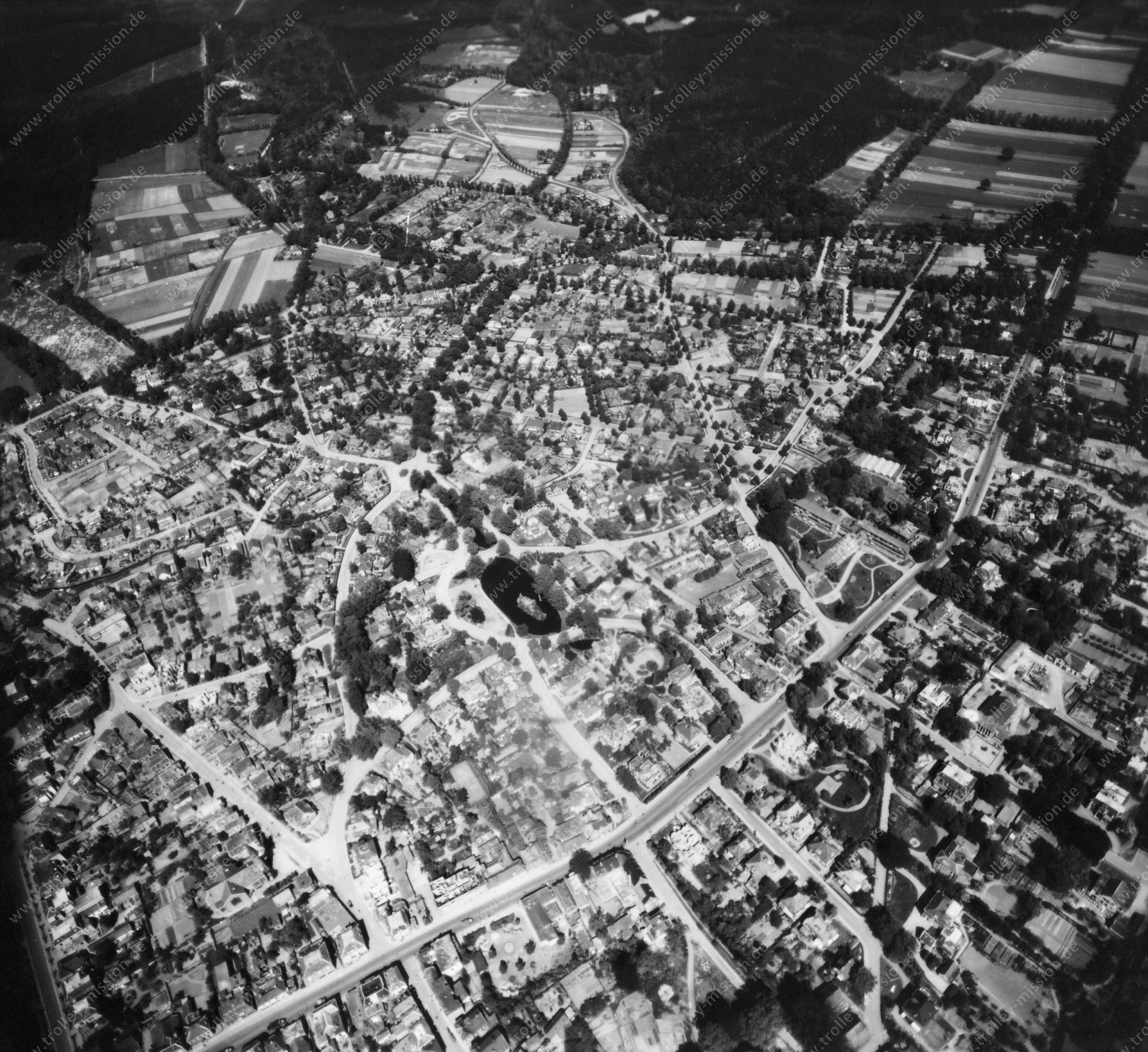 Velp - Luftbild aus dem Weltkrieg - Luftbildserie 5/5 der US Luftwaffe (Niederlande)