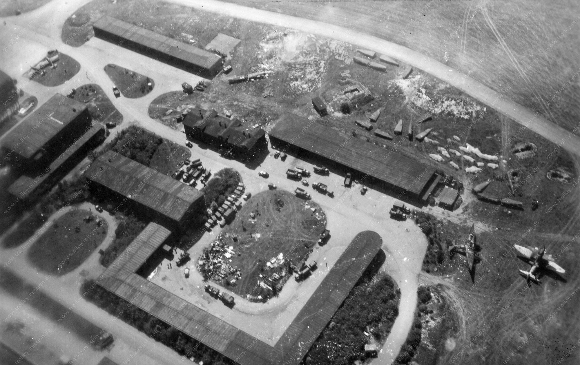 Flugplatz Merseburg - Luftbild aus dem Zweiten Weltkrieg