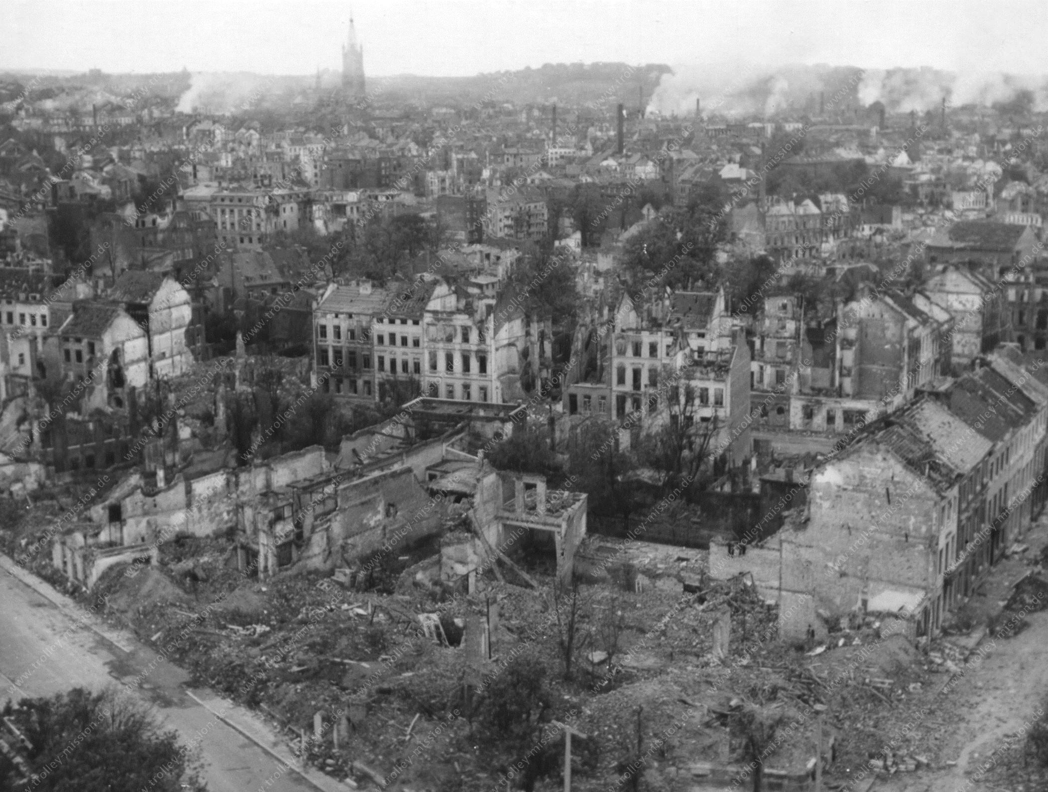 Aachen im Oktober 1944 - Bild vom Haus Grenzwacht mit Blick auf Lagerhausstraße und Leydelstraße