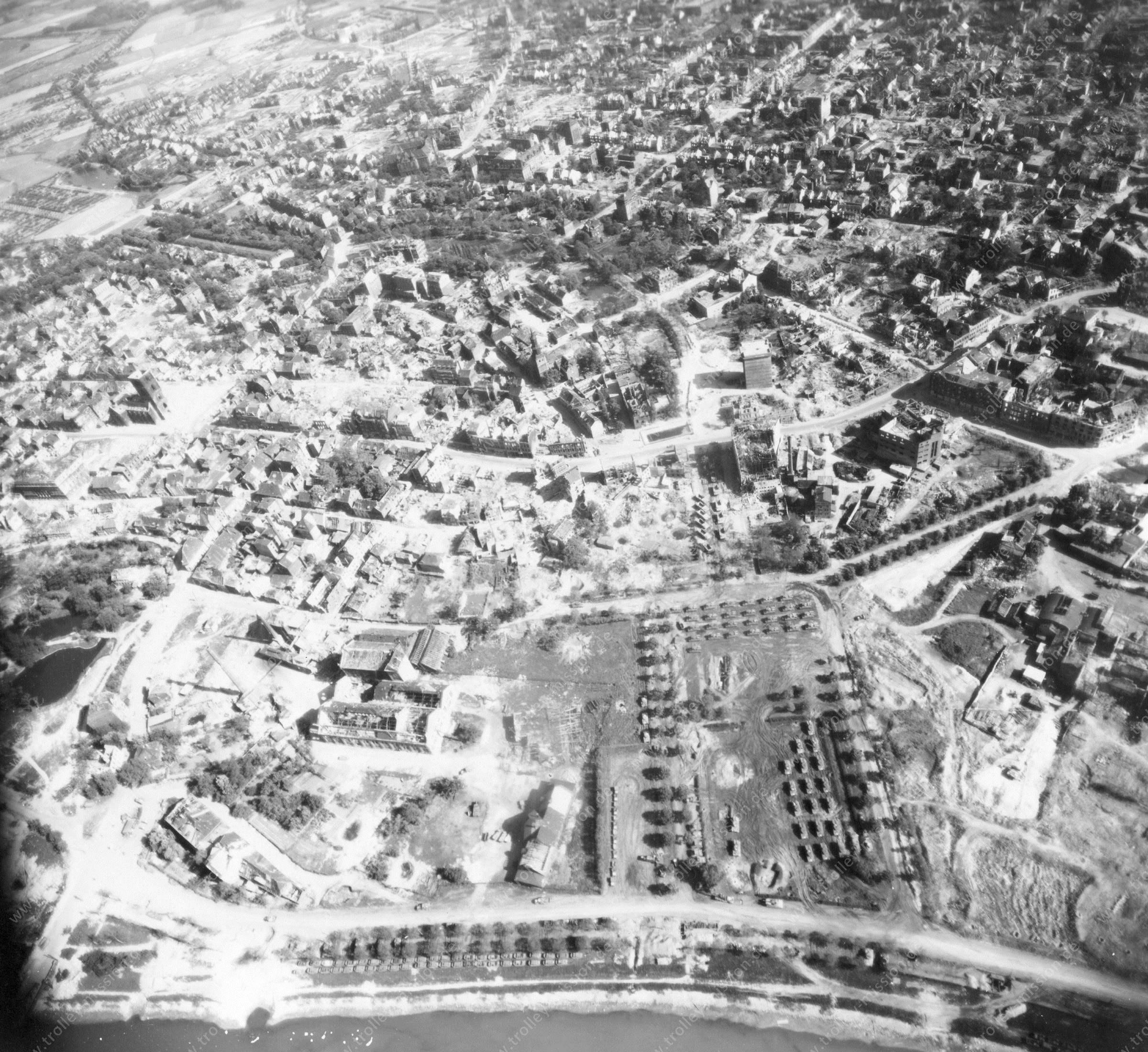 Luftbild von Hamm am 12. Mai 1945 - Luftbildserie 3/5 der US Air Force