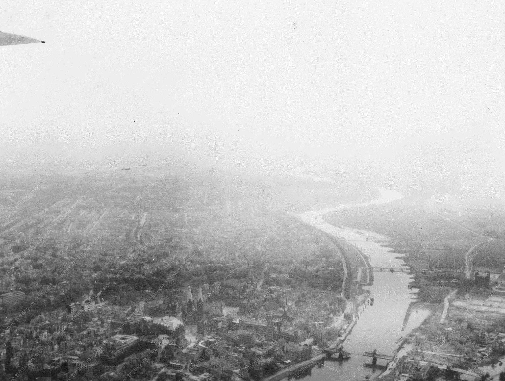 Bremen Luftbild mit St. Petri Dom