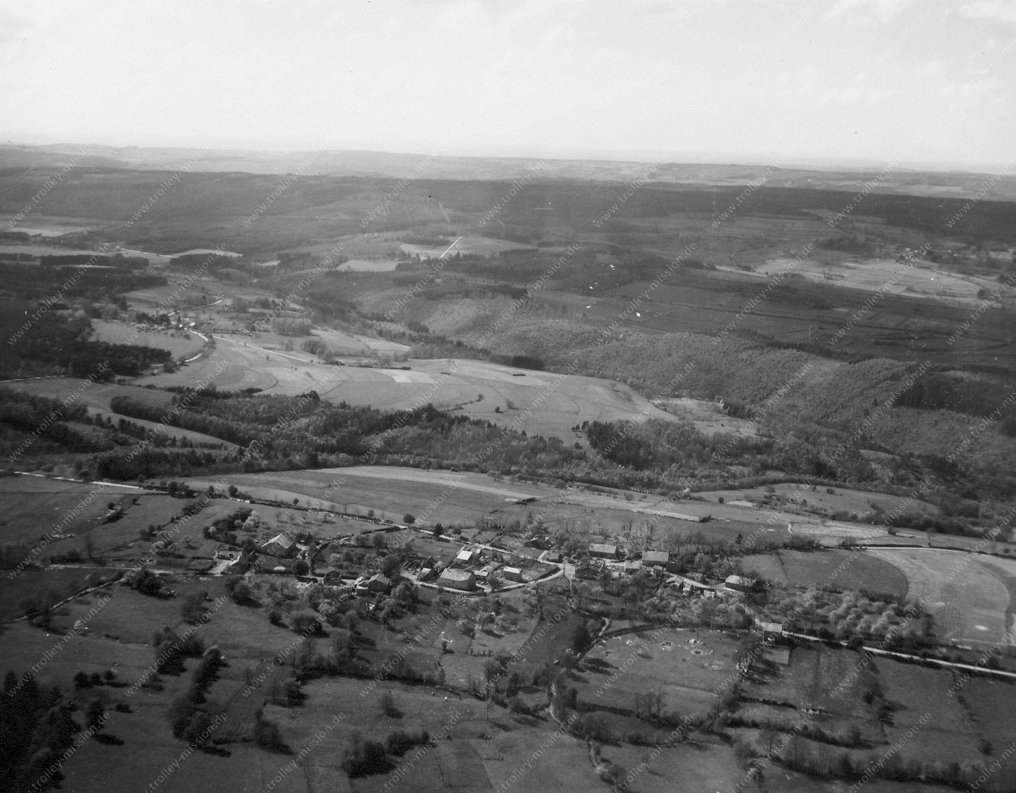 Luftbild Dorf Fosse von Trois-Ponts Mai 1945 (Belgien)