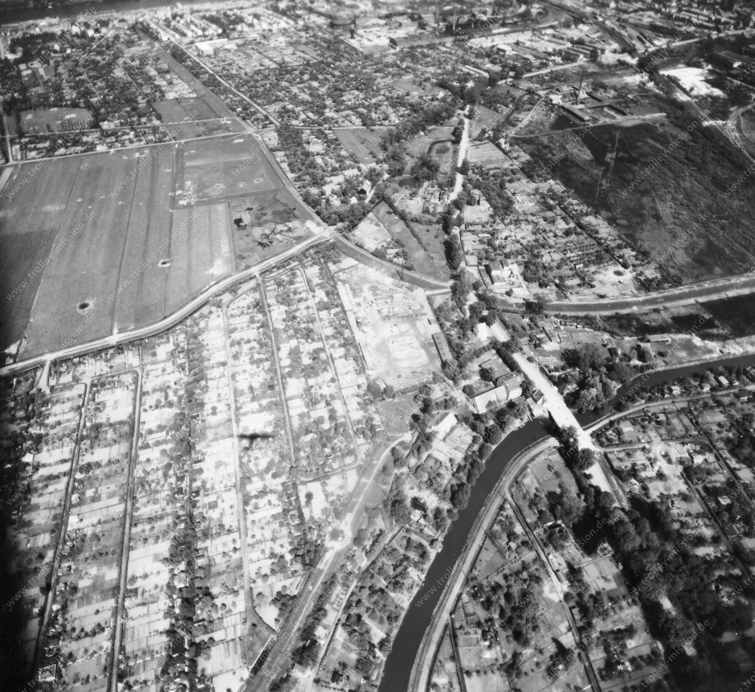 Luftbild von Bremen am 12. Mai 1945 - Luftbildserie 4/12 der US Air Force