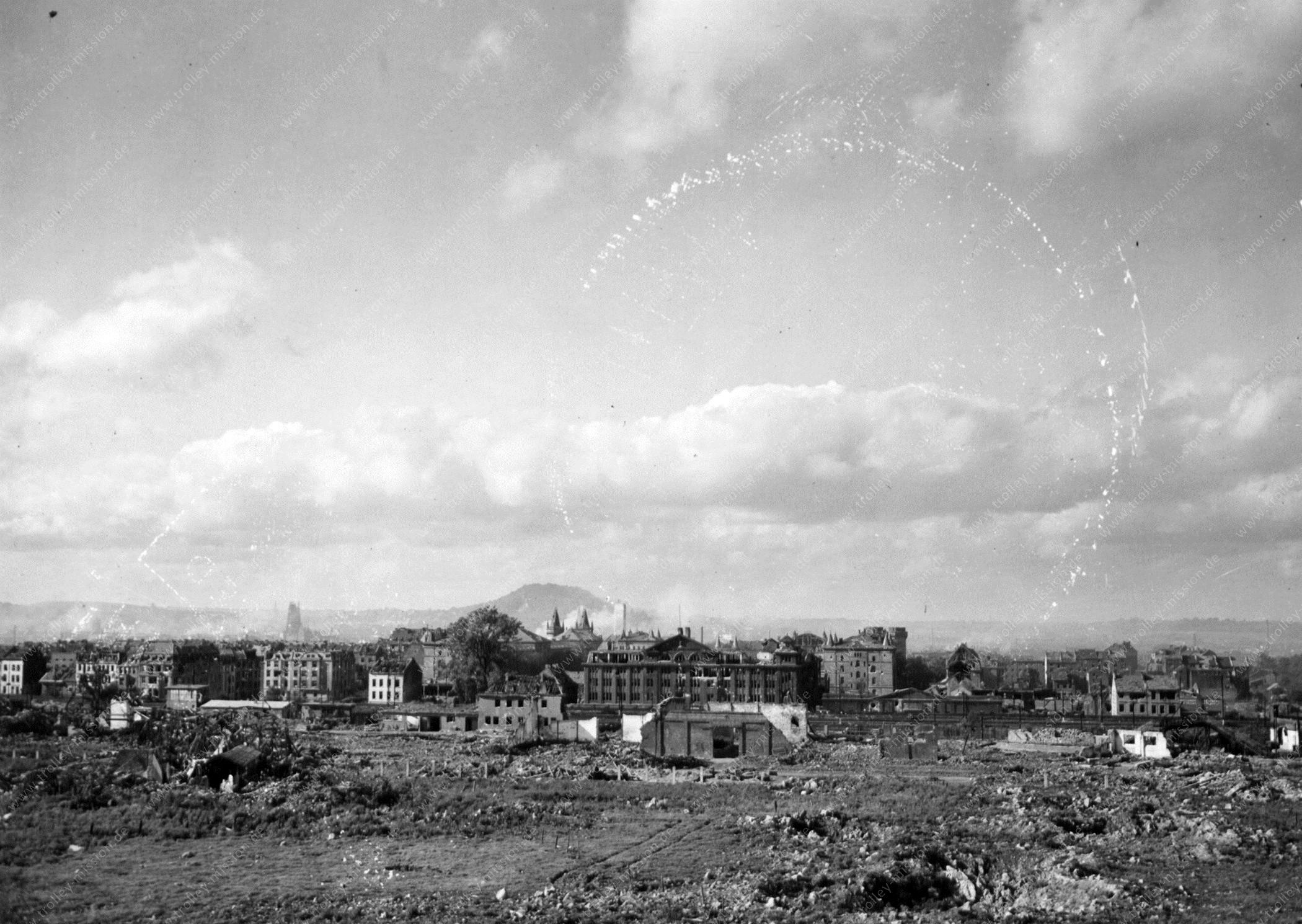 Aachen - Unbekannte Straßen und Gebäude nach dem Zweiten Weltkrieg (USASC-39)