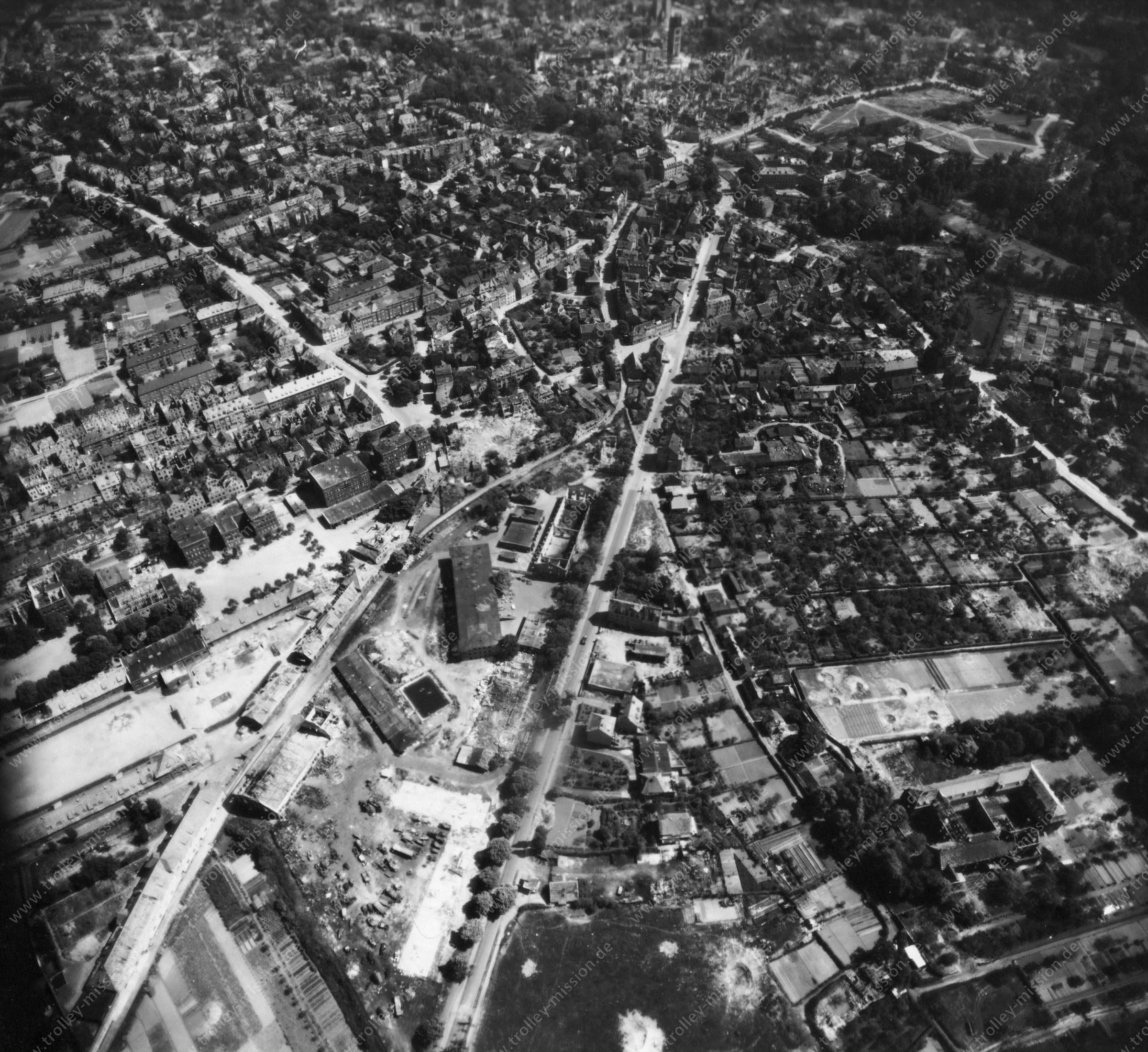 Luftbild von Münster am 12. Mai 1945 - Luftbildserie 4/11 der US Air Force
