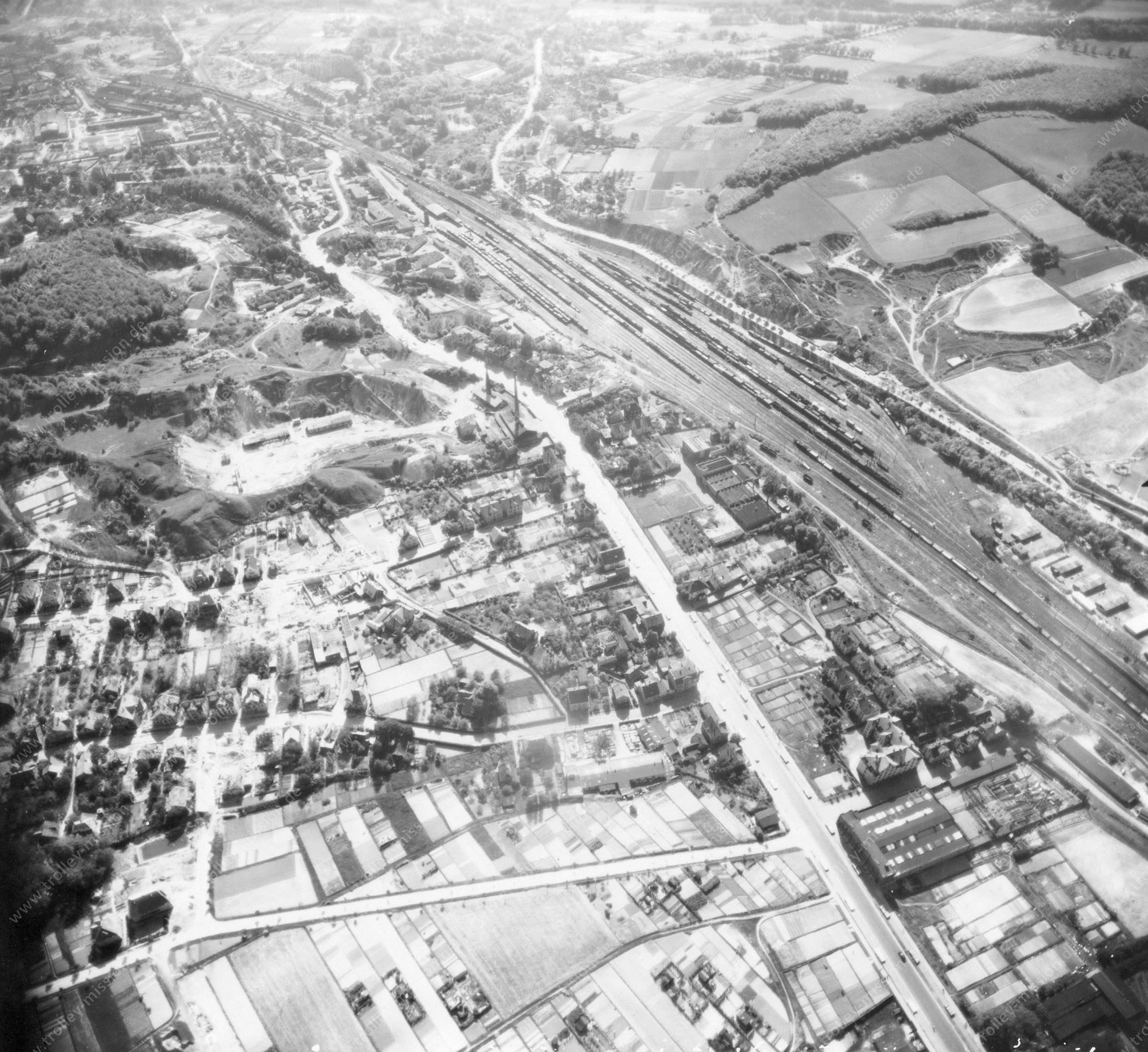 Bielefeld Luftbild Bahnhof Brackwede im Stadtgebiet Gadderbaum