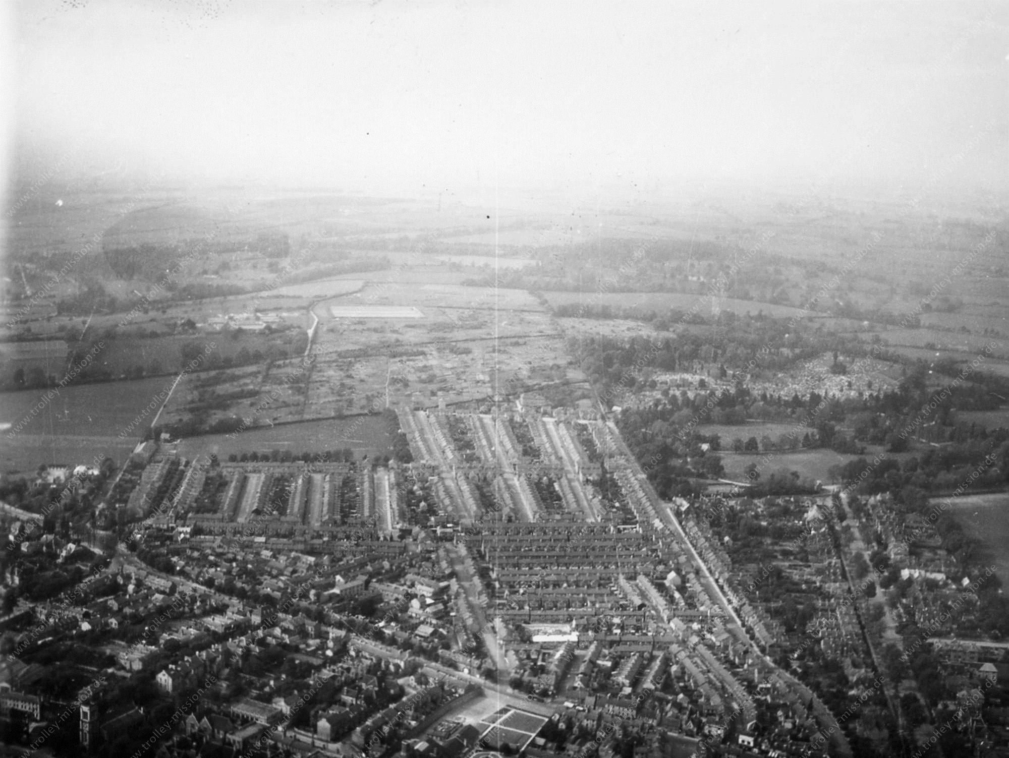 Bedford (England) - Aerial View of the County Town of Bedfordshire in May 1945