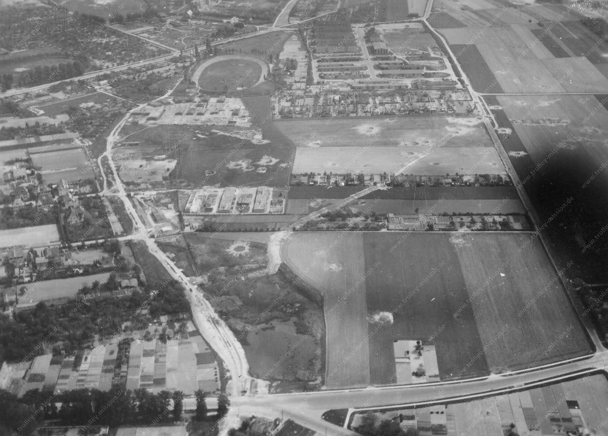 Brunswick from above: Aerial view after Allied air raids in World War II