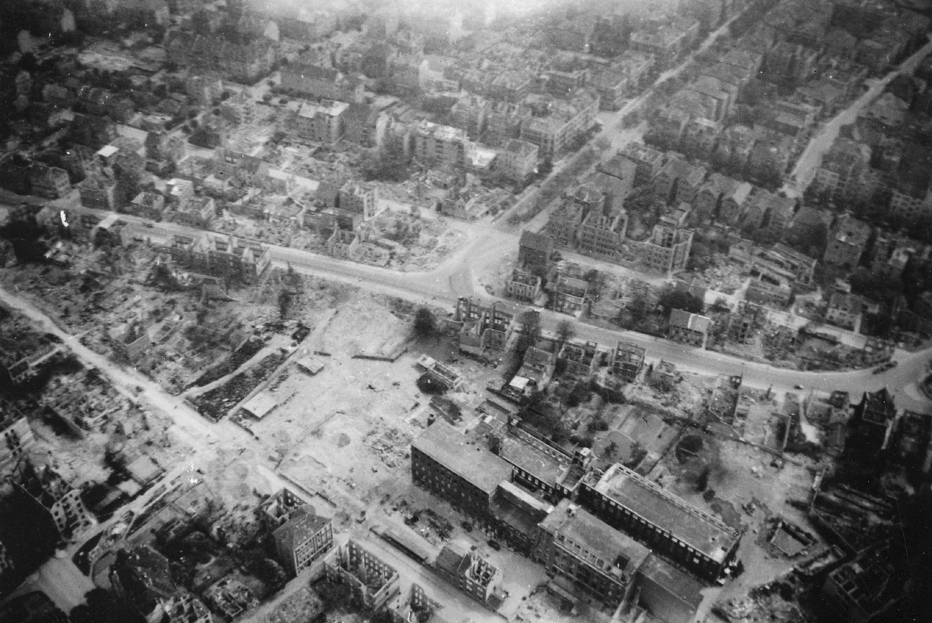 Luftbild Braunschweig - Kreuzung Hagenring und Gliesmaroder Straße sowie Klavierfabrik Grotrian