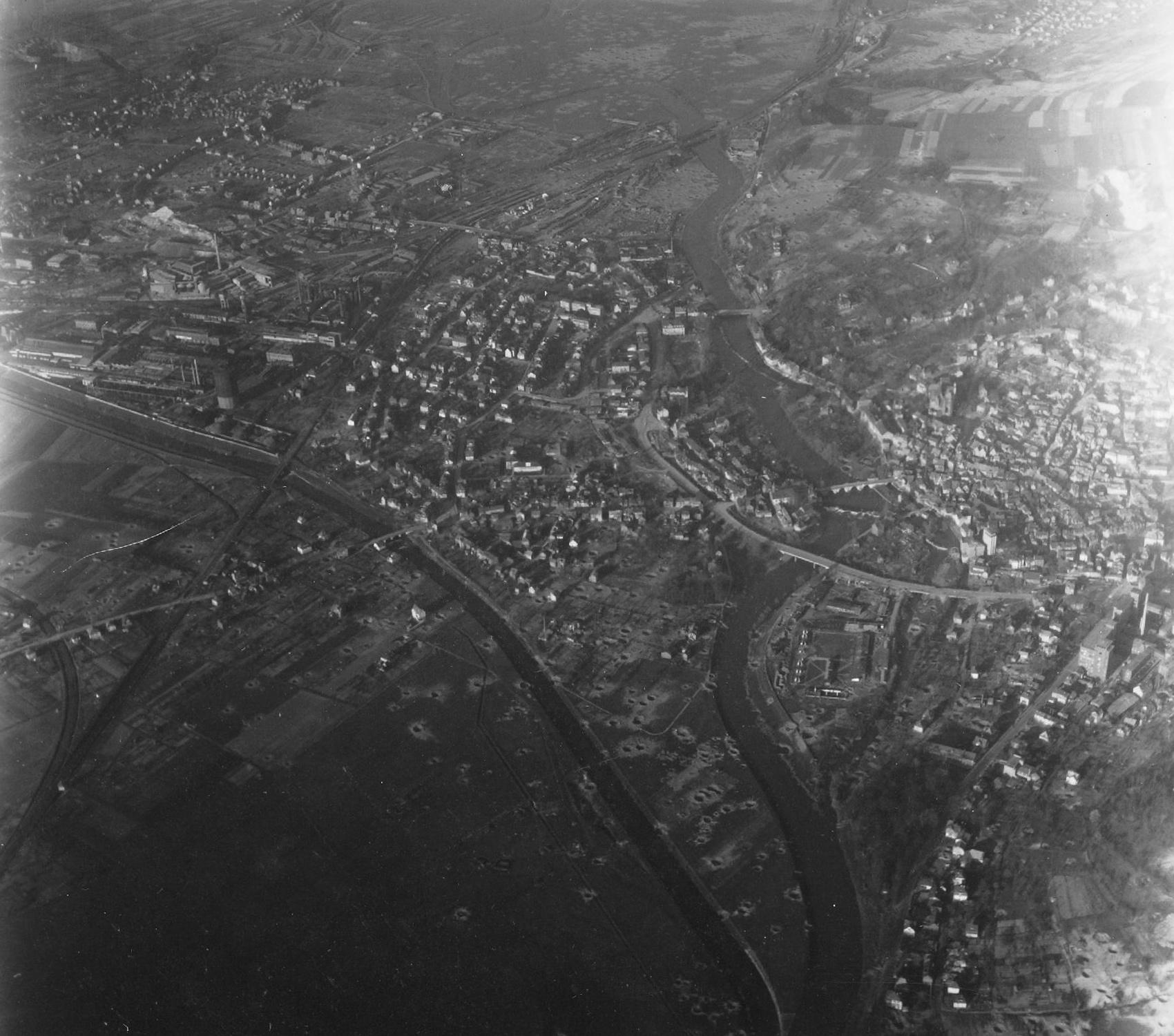 Wetzlar im Zweiten Weltkrieg: Luftbild der Buderus Sophienhütte im Mai 1945